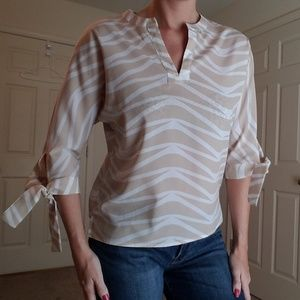 NY & Co Tan/White High-Low V-Neck Shirt